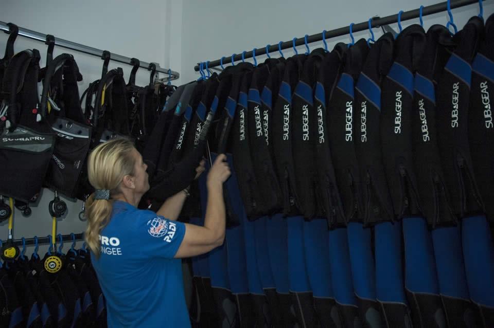 PADI Course Director - Tenerife  Aquarius dive center Tenerife 16 - Dive Center